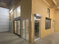 MFZ Innen Ausstellung - 1 & 2 flügelige Kunststoff Balkontür mit Aufsatz & Vorbau Rollläden