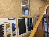 MFZ Innen Ausstellung - 2- Flügeliges Fenster mit Rollladen & 1- Flügeliges Dreh Kipp Fenster 3-fach Verglasung