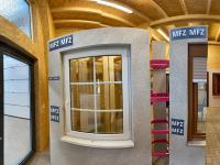 MFZ Innen Ausstellung - Kunststofffenster Flächenversetzt mit Innenliegenden Sprossen